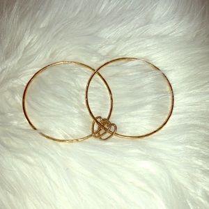 Jewelry - Hawaiian Bangle Set